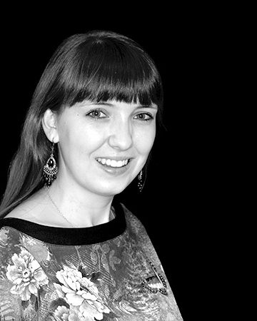 KFO-Dr-Gebhart_Praxisteam_Portrait_Christiane